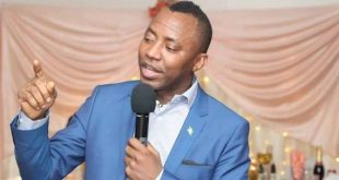 Like Nnamdi Kanu, Court grants 'iron bail' to Omoyele Sowore