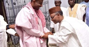 BREAKING: Gov El-Rufai Visits Deposed Emir Sanusi in Awe